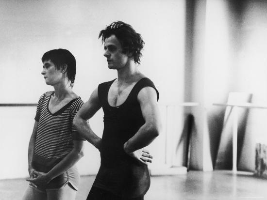 gjon-mili-dancer-mikhail-baryshnikov-and-choreographer-twyla-tharp-resting-during-rehearsal