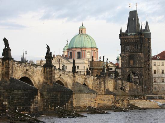 godong-charles-bridge-unesco-world-heritage-site-and-river-vltava-prague-czech-republic-europe