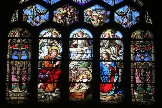 godong-stained-glass-window-depicting-the-nativity-st-eustache-church-paris-france-europe