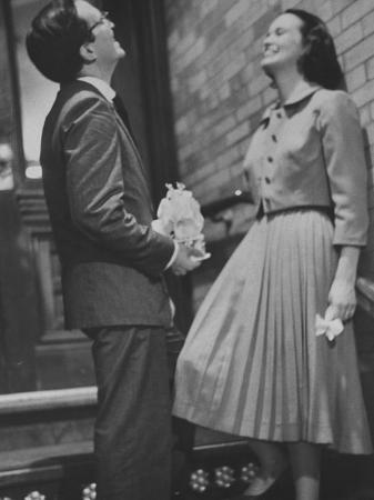 gordon-parks-heiress-poet-actress-gloria-vanderbilt-laughing-with-her-third-husband