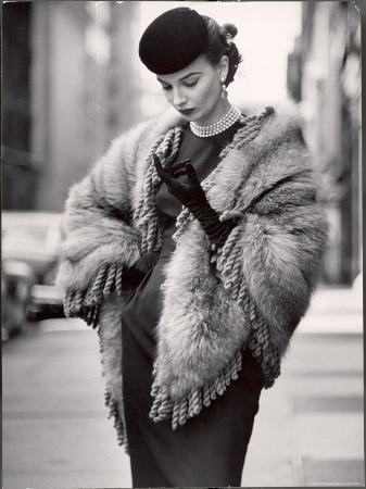 gordon-parks-model-wearing-a-fringed-shawl-made-of-natural-norwegian-blue-fox-selling-for-750
