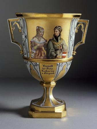 gothic-style-dessert-cup-created-for-imperial-castle-of-laxenburg-1821-1824