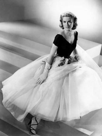 grace-kelly-mid-1950s