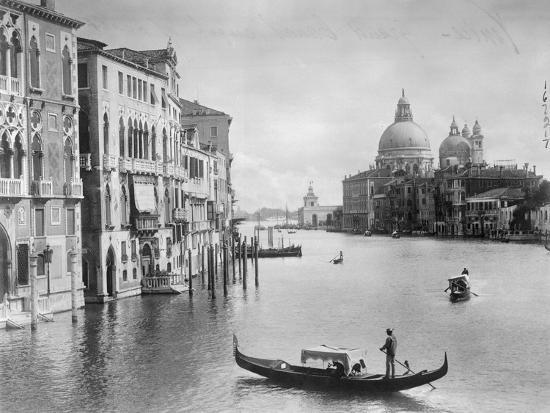 grand-canal-in-venice