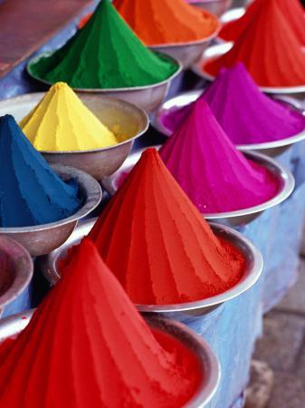 greg-elms-multicoloured-tika-display-in-devaraja-market-mysore-karnataka-india