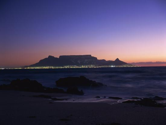 groenendijk-peter-table-mountain-at-dusk-cape-town-south-africa-africa