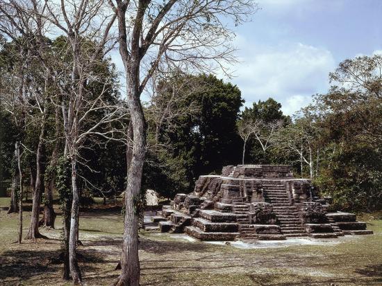 guatemala-el-peten-maya-archeological-site-of-uaxactun