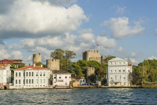 guido-cozzi-beautiful-houses-along-bosporus
