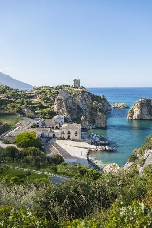 guido-cozzi-tonnara-di-scopello-ancient-tuna-fish-working-plant