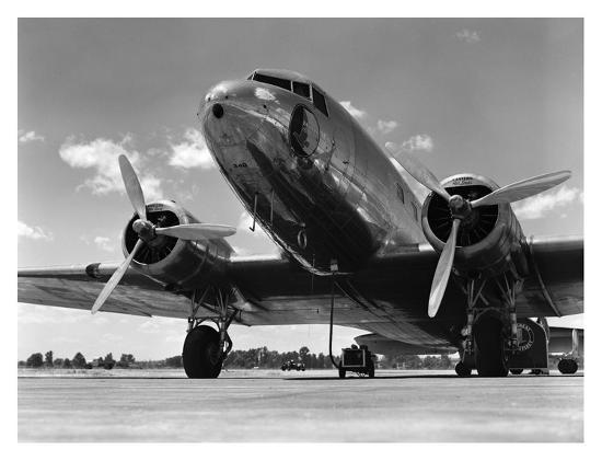 h-armstrong-roberts-1940s-passenger-airplane