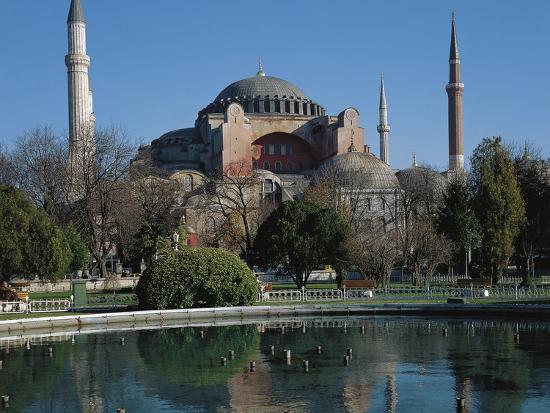 hagia-sophia-6th-century-historic-areas-of-istanbul