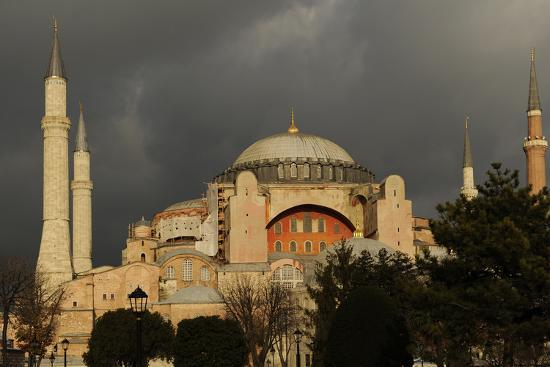 hagia-sophia-exterior-istanbul