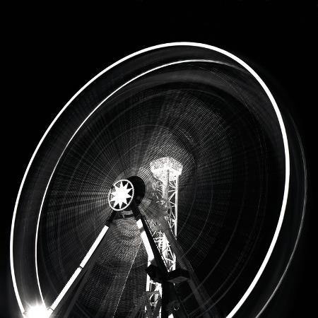 hakan-strand-wheel-of-light