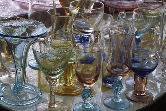 handcrafted-glasses-at-vetreria-s-a-v-ehandmade-empoli-tuscany-italy