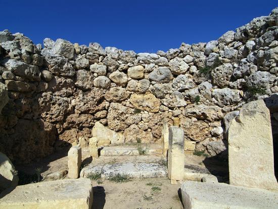 hans-peter-merten-ggantija-temple-unesco-world-heritage-site-xaghra-gozo-malta-mediterranean-europe