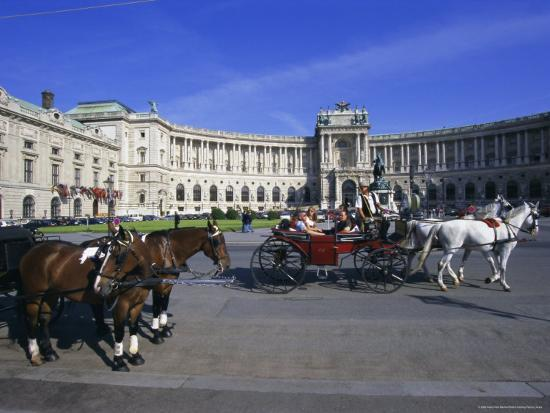 hans-peter-merten-neue-hofburg-and-fiaker-horse-drawn-carriages-vienna-austria-europe