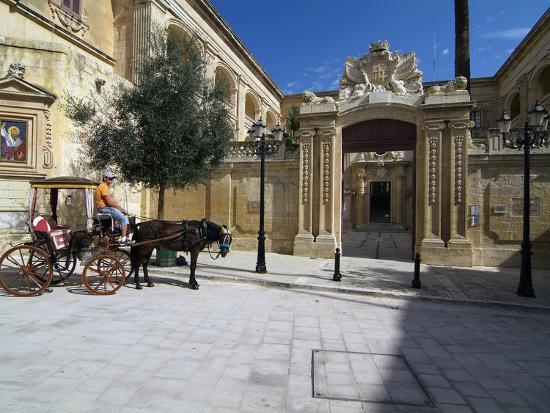 hans-peter-merten-old-town-of-mdina-malta-mediterranean-europe