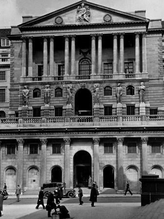 hans-wild-view-showing-the-exterior-of-the-bank-of-exchange