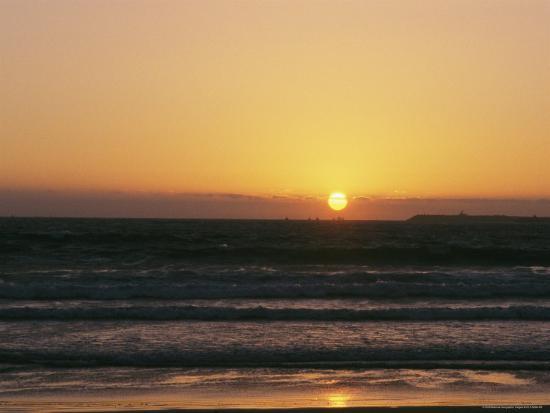 heather-perry-sunset-on-the-eastern-shore-of-the-atlantic-near-agadir