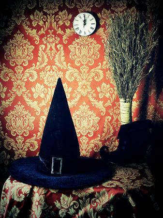 helena-marroqui-witch-time