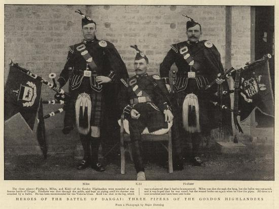 heroes-of-the-battle-of-dargai-three-pipers-of-the-gordon-highlanders