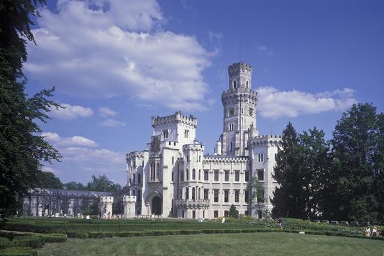 hluboka-chateau