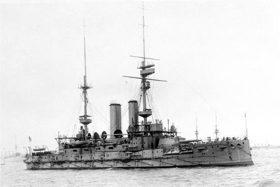 hms-bulwark-british-battleship-c1899-1914