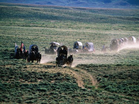 holger-leue-dusty-horse-carriage-trek-mormon-pioneer-wagon-train-to-utah-near-south-pass-wyoming