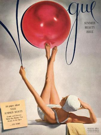 horst-p-horst-vogue-cover-may-1941-having-a-ball