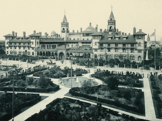 hotel-ponce-de-leon-in-st-augustine-florida-circa-1890