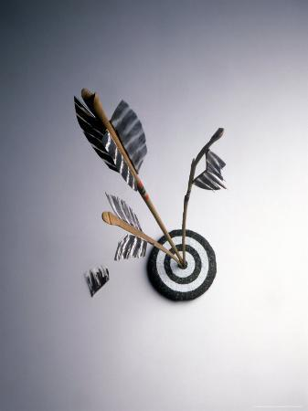 howard-sokol-arrows-hitting-target