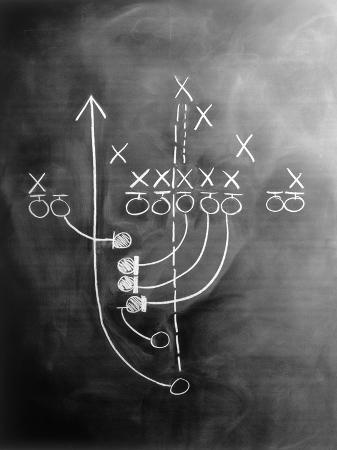howard-sokol-football-play-on-chalkboard