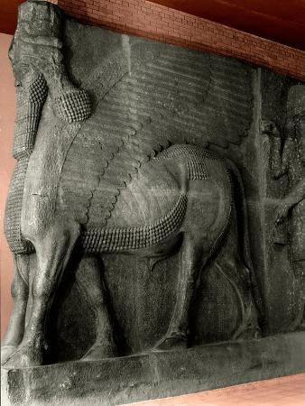 human-headed-winged-bull-and-attendant-genie-from-the-palace-of-sargon-ii-at-khorsabad
