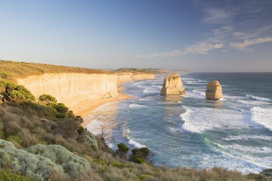 ian-trower-twelve-apostles-port-campbell-national-park-great-ocean-road-victoria-australia-pacific