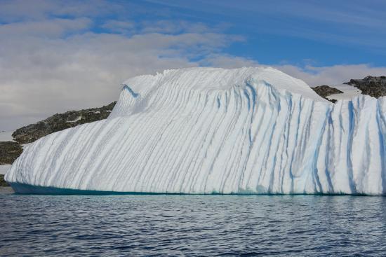 inger-hogstrom-antarctica-gerlache-strait-deeply-grooved-iceberg