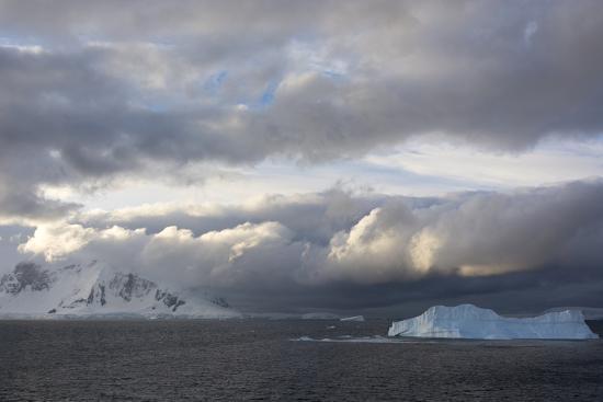 inger-hogstrom-antarctica-gerlache-strait-orne-harbor