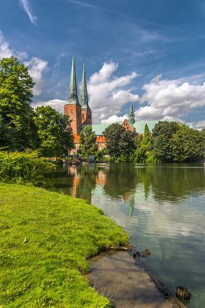 ingo-boelter-germany-schleswig-holstein-l-beck-city-old-town-dom-cathedral-trave-river