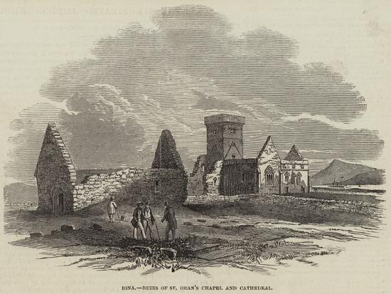 iona-ruins-of-st-oran-s-chapel-and-cathedral