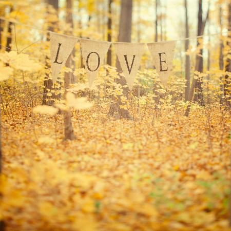 irene-suchocki-autumn-love