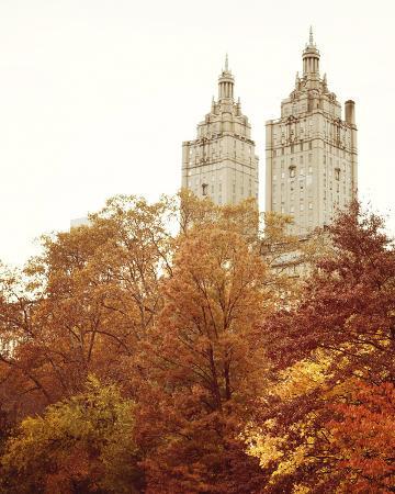 irene-suchocki-fall-in-the-city-i