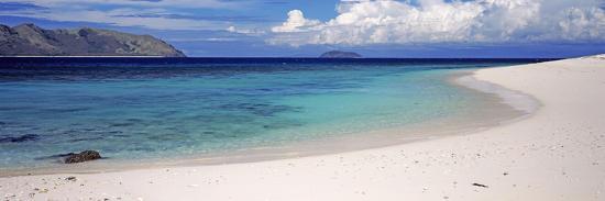 island-in-the-sea-veidomoni-beach-mamanuca-islands-fiji