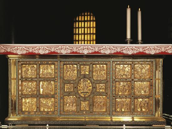 italy-milan-basilica-of-sant-ambrogio-front-of-golden-altar-or-frontal