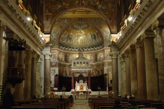 italy-rome-basilica-of-our-lady-in-trastevere-interior