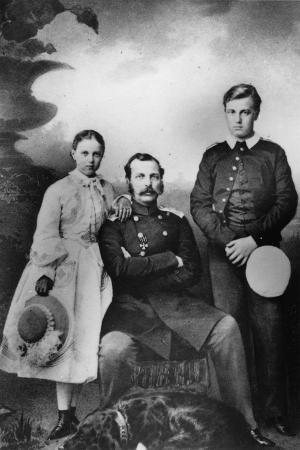 ivan-fyodorovich-alexandrovsky-tsar-alexander-ii-of-russia-with-his-daughter-maria-and-son-alexei-1863