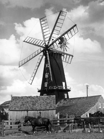 j-chettlburgh-heckington-windmill