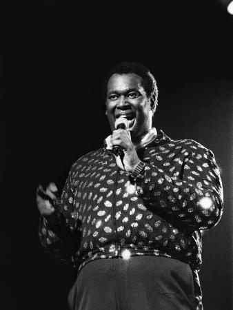 james-mitchell-luther-vandross-1986
