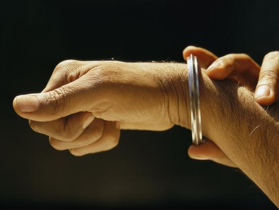 james-p-blair-indias-sikhs-are-recognized-by-a-steel-bangle-worn-on-their-wrist