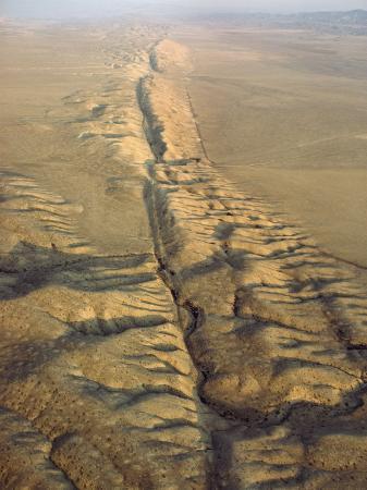 james-p-blair-the-san-andreas-fault-slashes-the-desolate-carrizo-plain-carrizo-plain-california