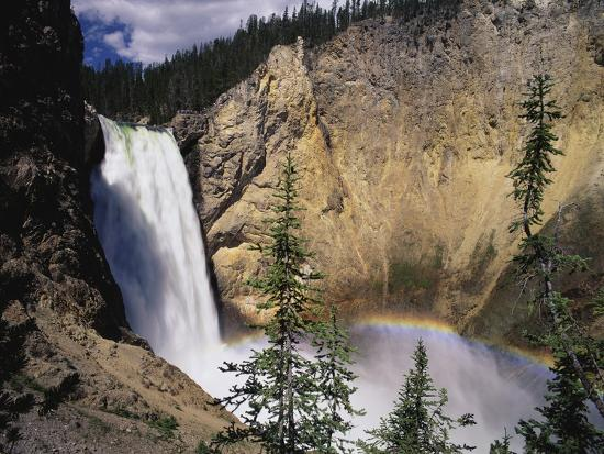 james-randklev-rainbow-at-lower-yellowstone-falls