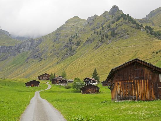 jamie-and-judy-wild-switzerland-bern-canton-murren-chalets-and-barns-in-alpine-environment